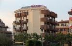 Семеен хотел Корал