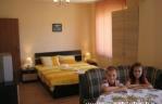 Квартира - стая Студио под наем