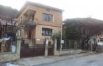 Къща При Монк