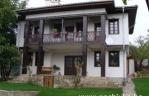 Къща Драгиеви къщи