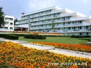 Хотел Ком, Албена