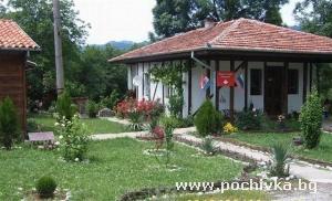 Къща Вилно селище Паздери, Априлци