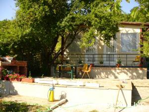 Семеен хотел Деница, Приморско