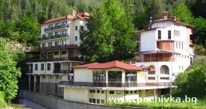 Семеен хотел Родопа, Баните
