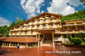 Hotel Diva, Chiflik