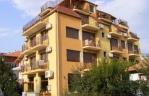 Семеен хотел Зора-Сарафово